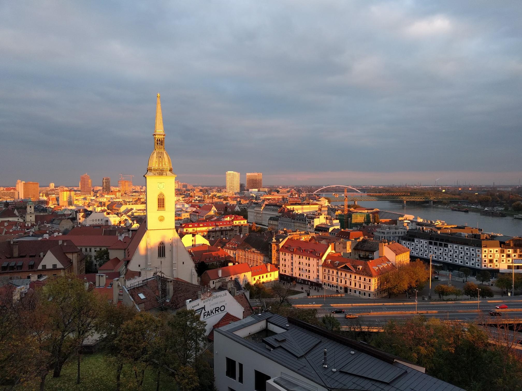 /images/Bratislava.jpg