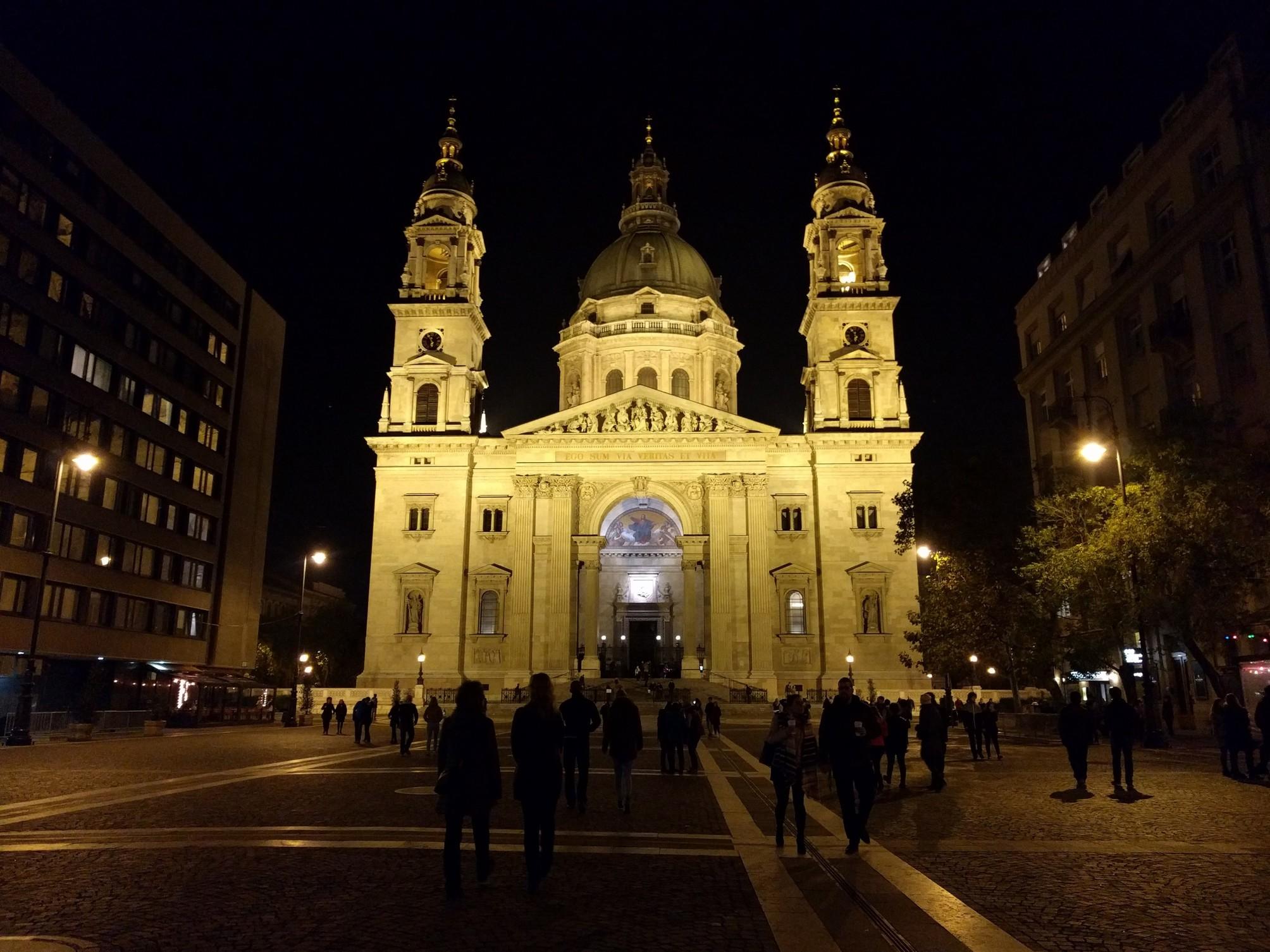 /images/Budapest1.jpg
