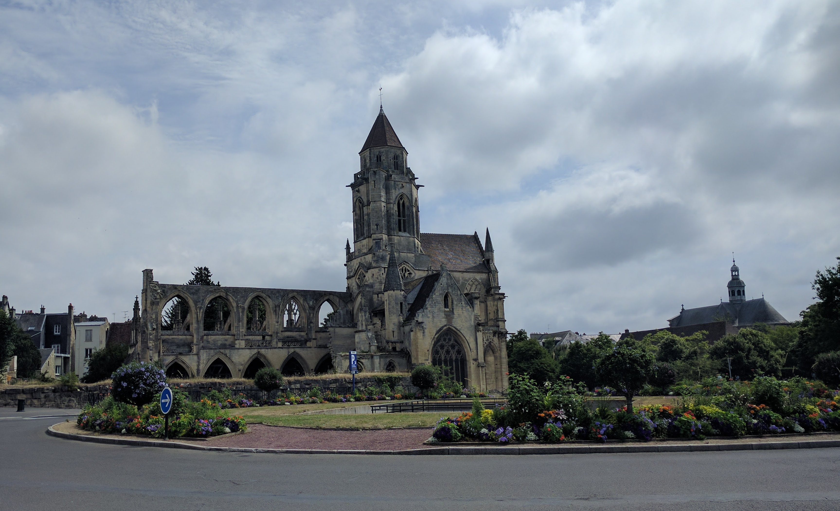 /images/Caen3.jpg