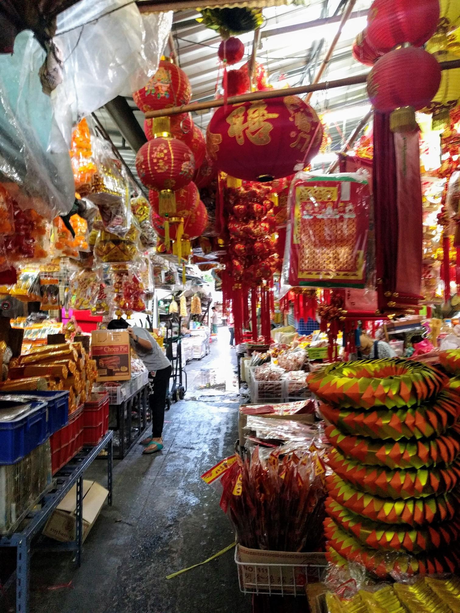 /images/bangkok-market1.jpg