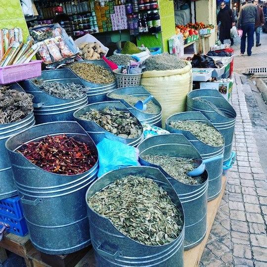 /images/morocco-market.jpg