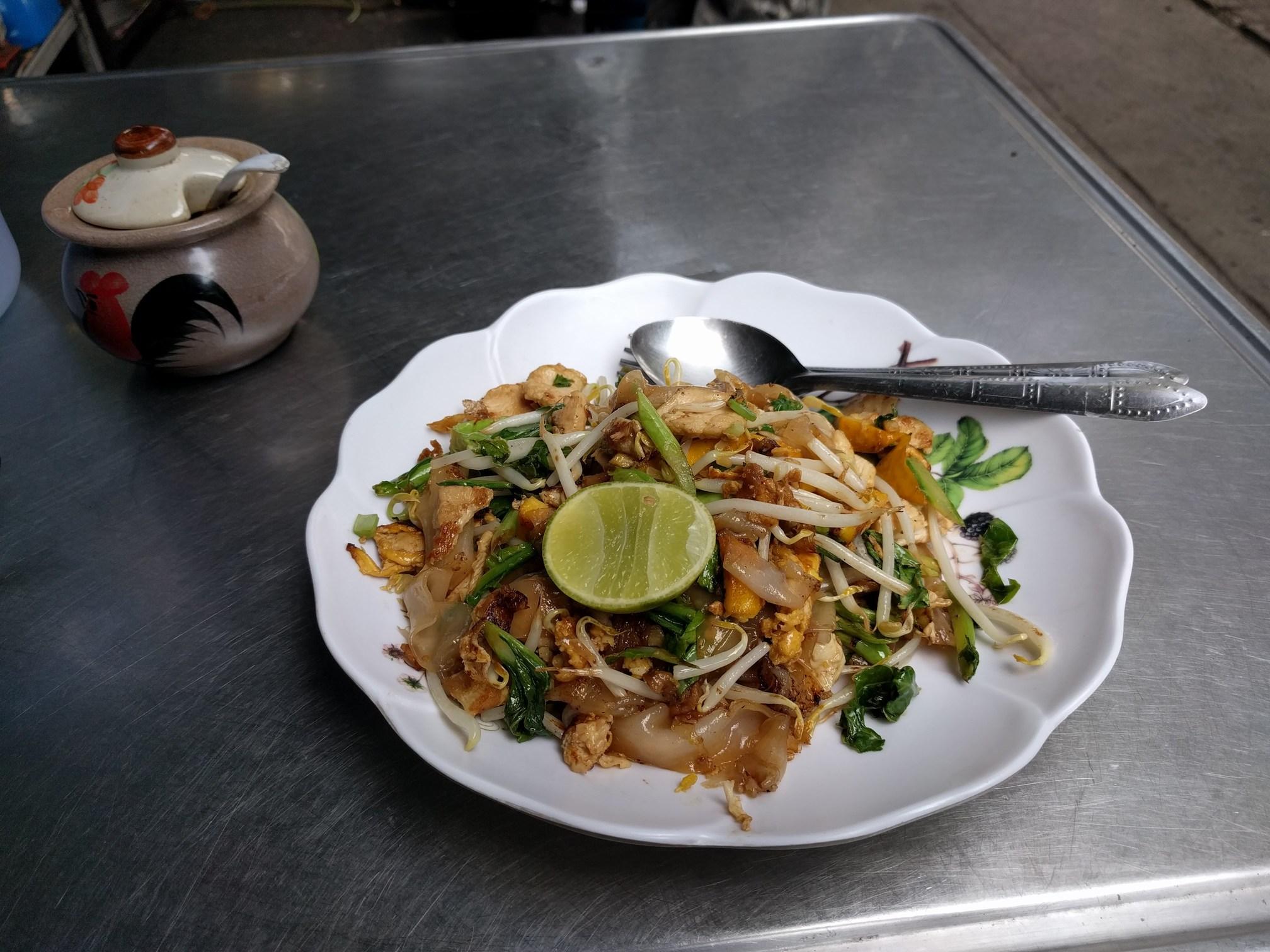 /images/pad-thai-food-stall2.jpg